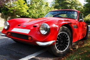 red_sports_car_200689
